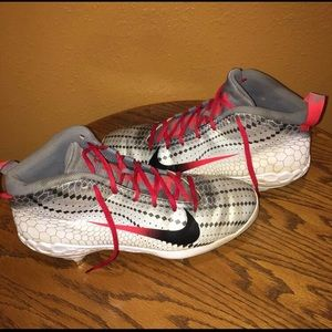Nike Mens Trout 5 Baseball Cleats